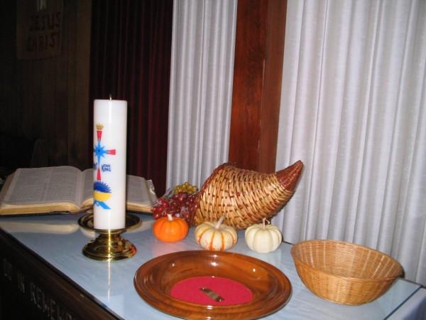 Cornucopia decorating the altar